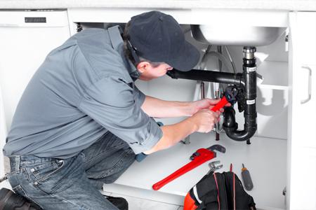Monteur service en onderhoud Fleet Loqater