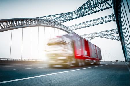 Transport vrachtwagen Fleet Loqater